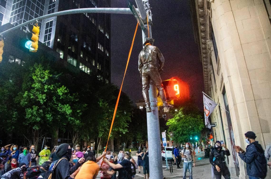Hanging Rebel